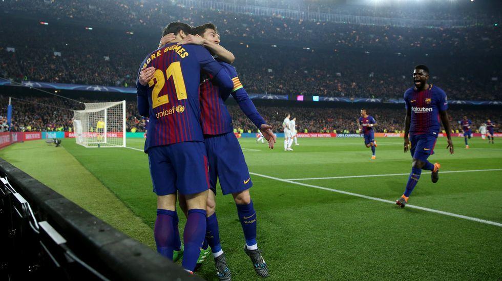 Alemania - España en imágenes.Andre Gomes celebra el tercer gol del Barça junto a Messi