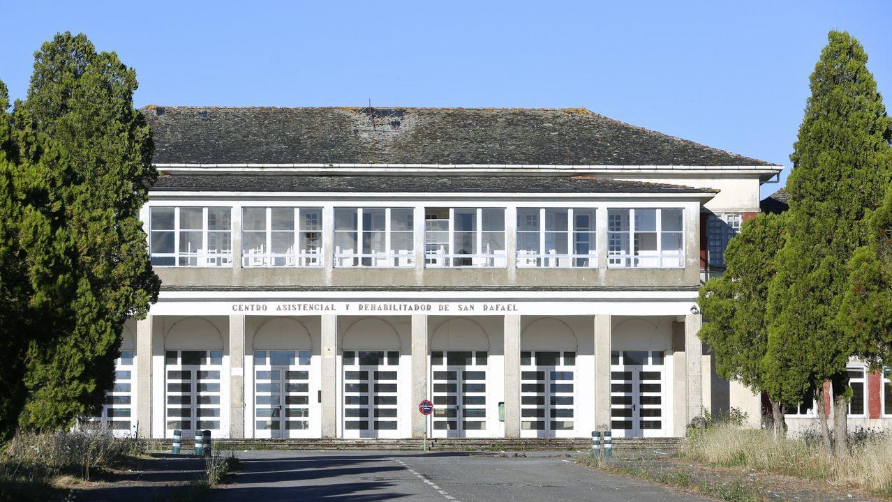 Fachada del hospital San Rafael, que lleva años cerrado