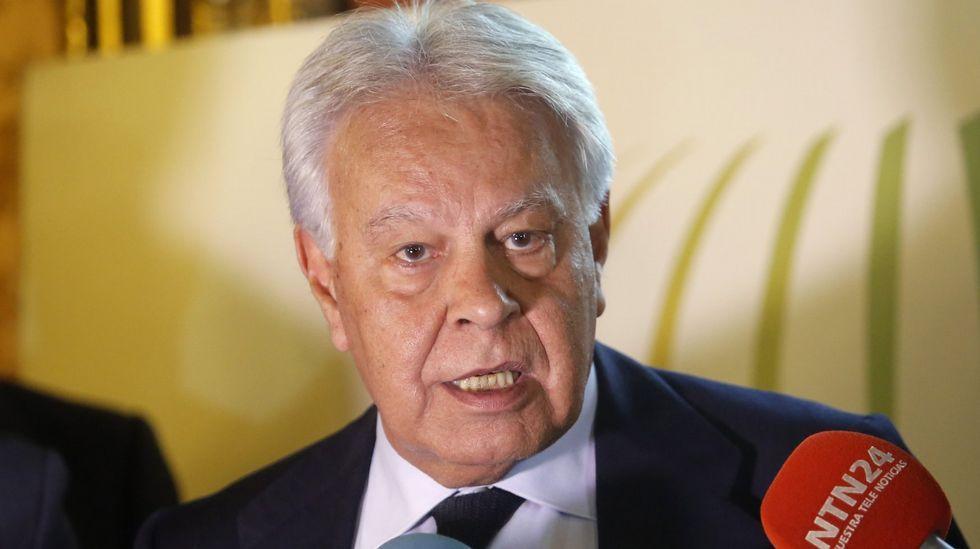 González carga contra Sánchez: «Me siento engañado... Me dijo que se abstendría».Adriana Lastra