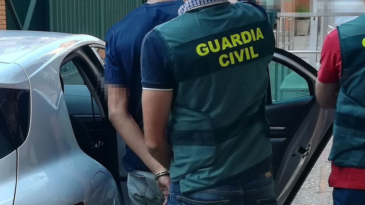 Imagen de archivo de una detención practicada por la Policía Nacional