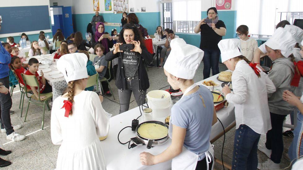 FP Innova, en imágenes.Los colegios Isaac Pereal y Juan de Lángara, de Ferrol, recibieron el pasado mes de marzo a alumnos de Gales, Turquía y Rumanía al amparo del programa Erasmus +