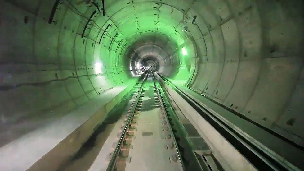 El narcosubmarino será examinado en la Escuela Naval de Marín.Tunel de la Variante