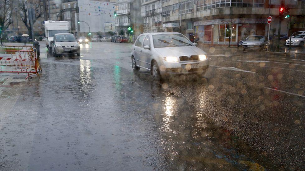 Intensa lluvia sobre Vigo.