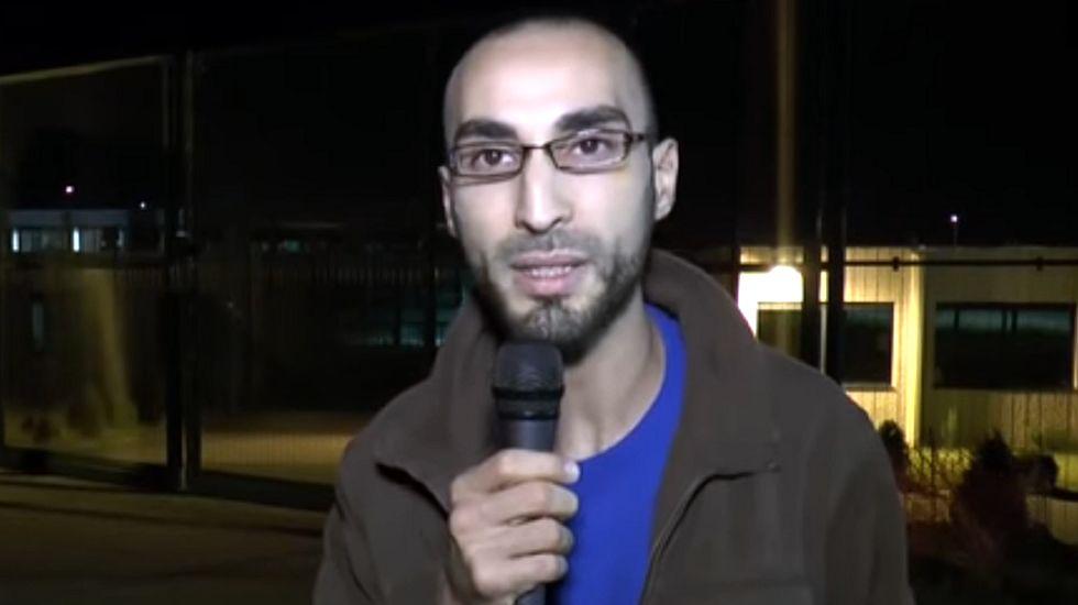 El vídeo en el que el «hombre del sombrero» denunciaba la situación de los musulmanes.Pablo Iglesias le regala «Juego de tronos» al rey