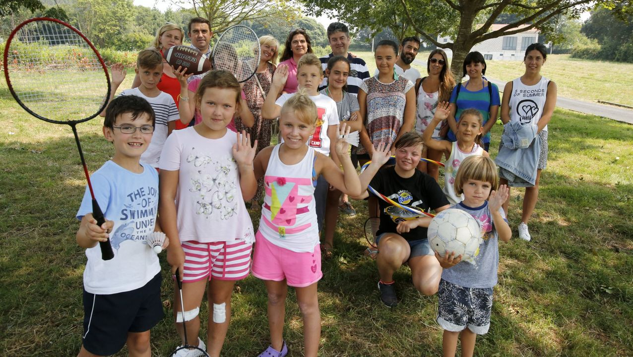 Niños de Ledicia Cativa en su estancia en el 2016