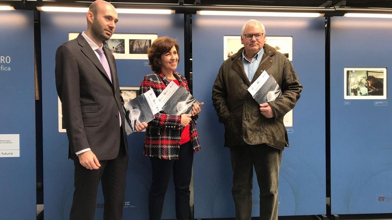 Hospital de Cabueñes, en Gijón.La exposición fotográfica «Caminos de Hierro», que organiza la Fundación de los Ferrocarriles Españoles desde 1986, recorrerá 12 estaciones de tren de toda España hasta 2020