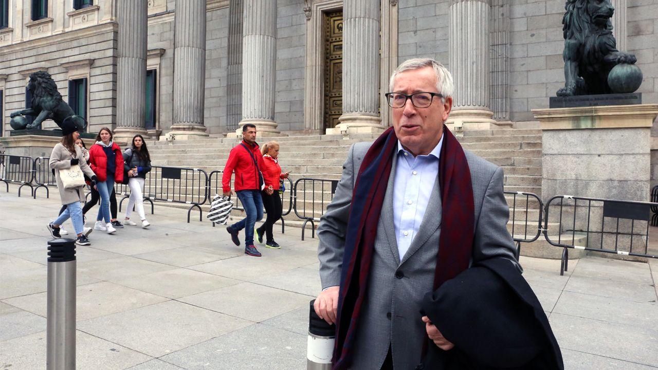 Fernández Toxo, junto al Congreso de los Diputados en Madrid