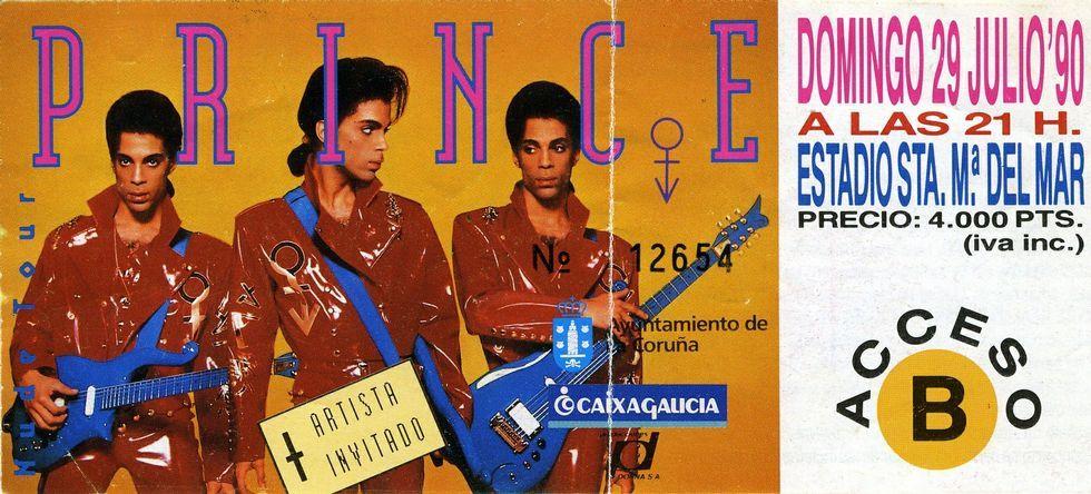 nobeldylanh.Un hito. El concierto de Prince en A Coruña en 1990 fue un hito para toda una generación de aficionados a la música, que tuvieron que pagar 4.000 pesetas de entonces para asistir.