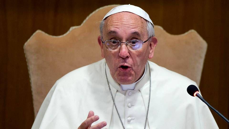 Todo listo para la visita del Papa a Jerusalén.Bergoglio rompió el protocolo en Belén para rezar ante el muro que separa Cisjordania e Israel, en una clara crítica a la política israelí.
