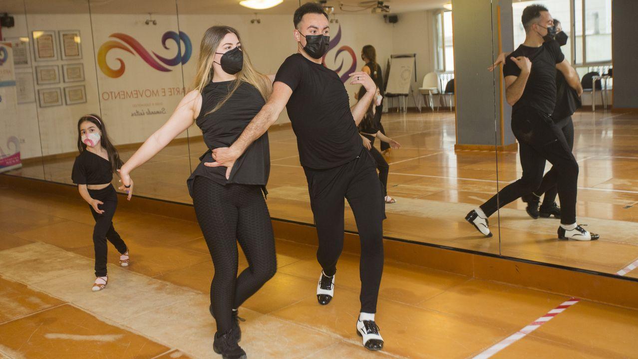 Vicente y Laura forman pareja de baile desde que tenían once años. En el Campeonato de España de Bailes Caribeños han quedado segundos, tras Alberto y Mélani. Ella compitió con el dedo meñique del pie izquierdo roto.
