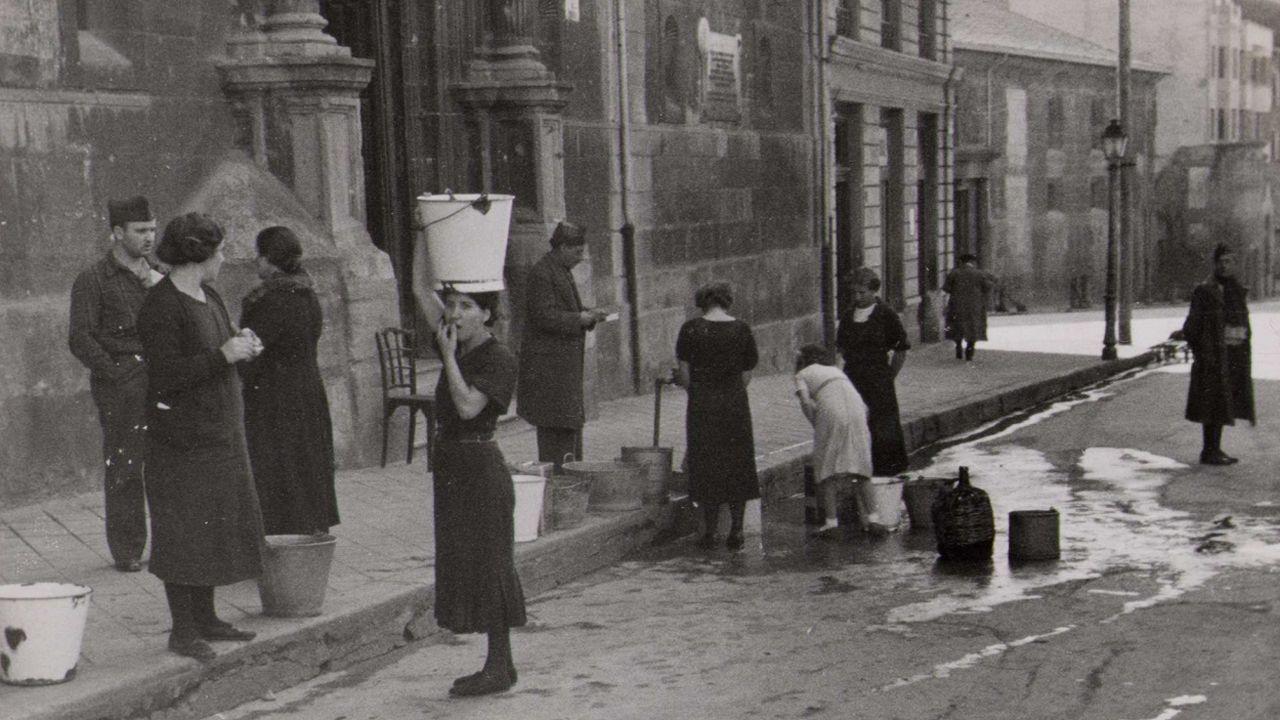 Oviedo, 1937
