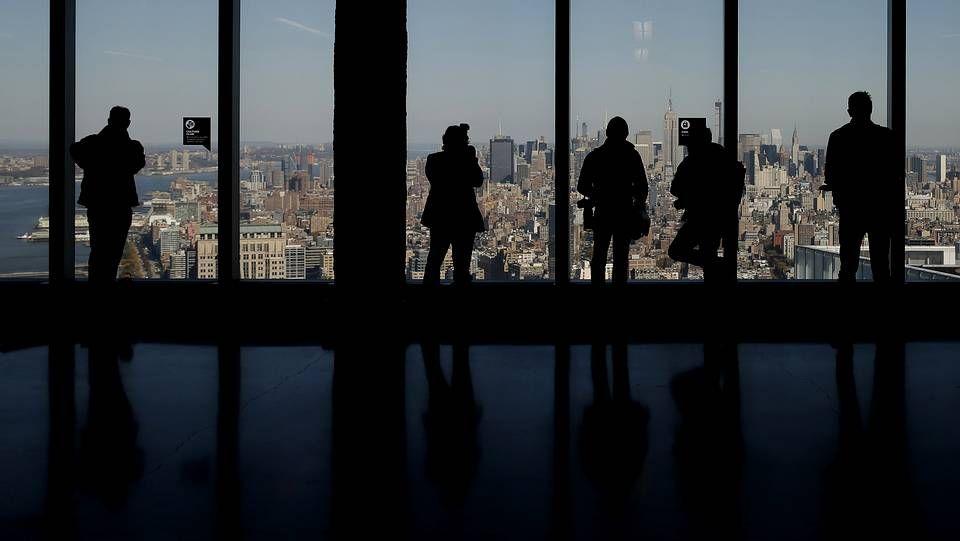 Los nuevos inquilinos de la «Torre de la Libertad».El protagonista de la película es un taxista árabe en Estados Unidos.