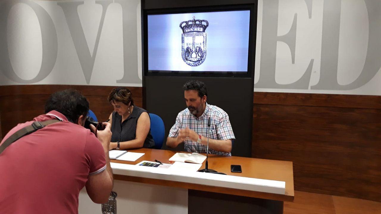 Ana Rivas y Ricardo Fernández, concejales del PSOE en el Ayuntamiento de Oviedo