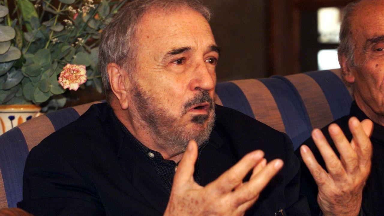 Carrière, durante una visita a Pontevedra en el año 2000
