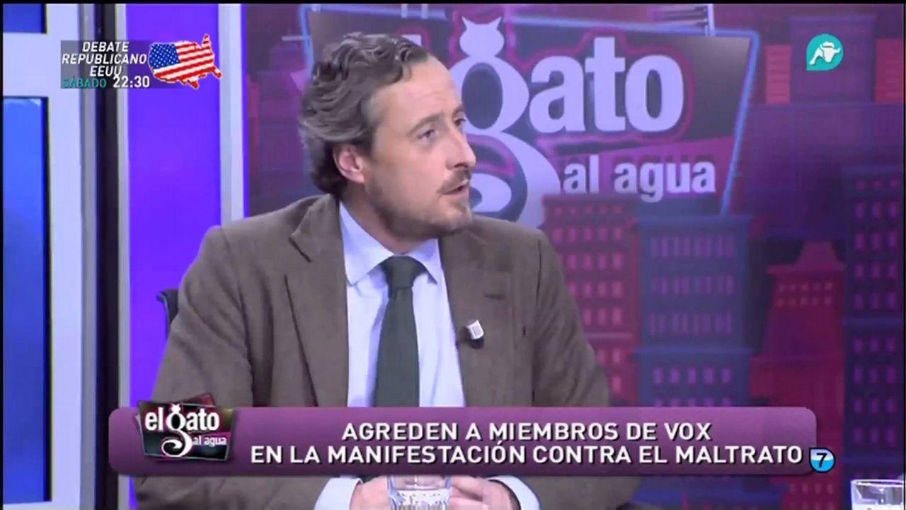 La polémica proyección de los papeles de Bárcenas.Íñigo Errejón, hoy, durante la rueda de prensa en la que anunció que deja el escaño de Podemos en el Congreso