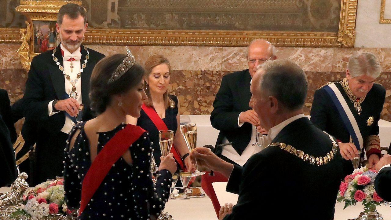 Victoria Federica.El rey Felipe VI, que ha entregado al presidente del Parlamento Europeo, el italiano Antonio Tajani, el XII Premio Carlos V, en una ceremonia celebrada en el Monasterio de Yuste (Cáceres), junto al expresidente del Gobierno Felipe González