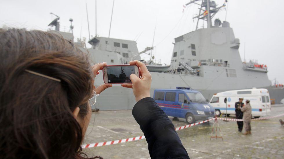 La «Méndez Núñez» zarpa de Ferrol para asumir el mando de la OTAN.La F-105 en su llegada a Ferrol tras operar con la OTAN en el 2014