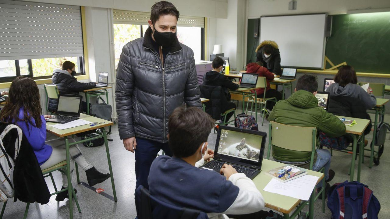 dopico.Foto de archivo de una clase en el IES de Sar