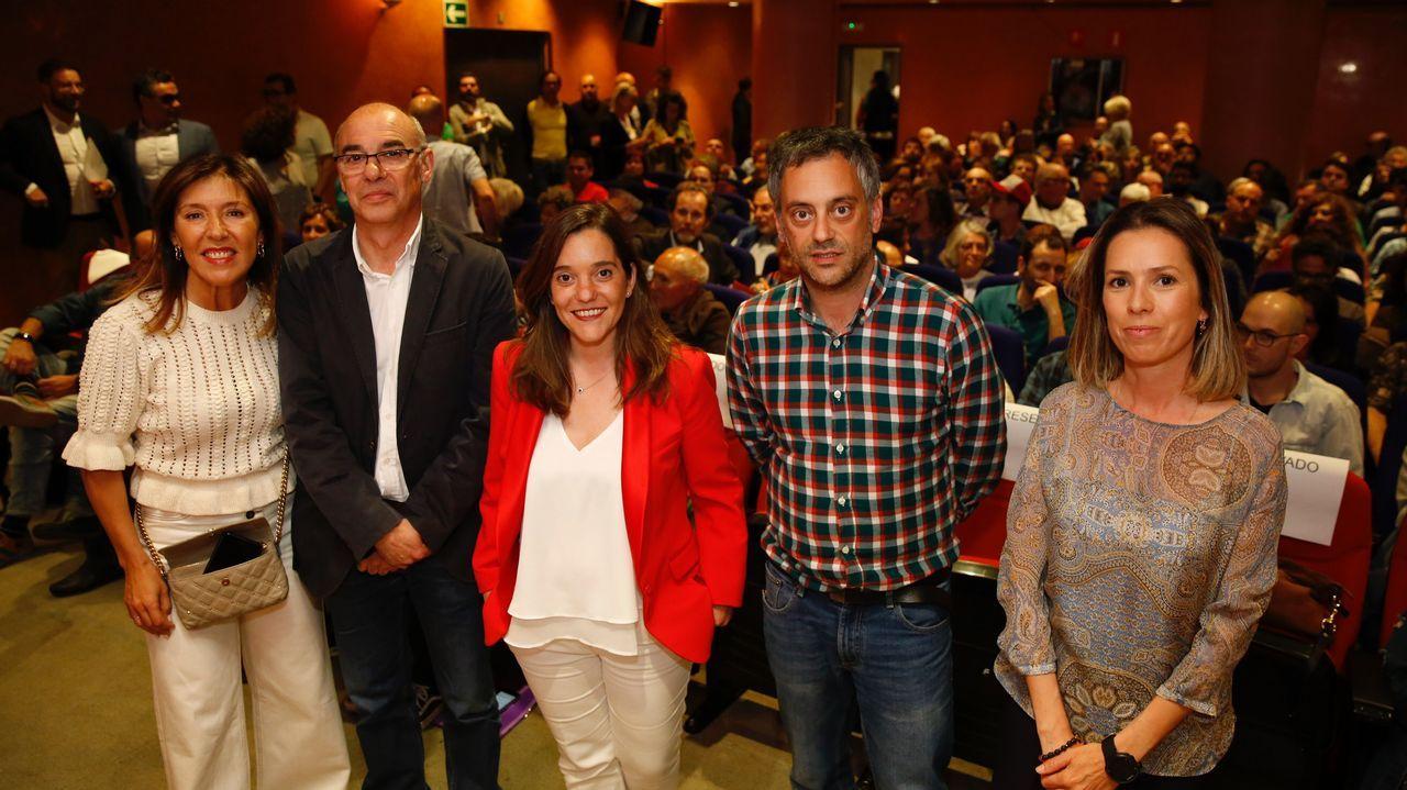 Así se vivió el escrutinio en las sedes de los partidos en A Coruña.Beatriz Mato, candidata a la alcaldía del PP en A Coruña