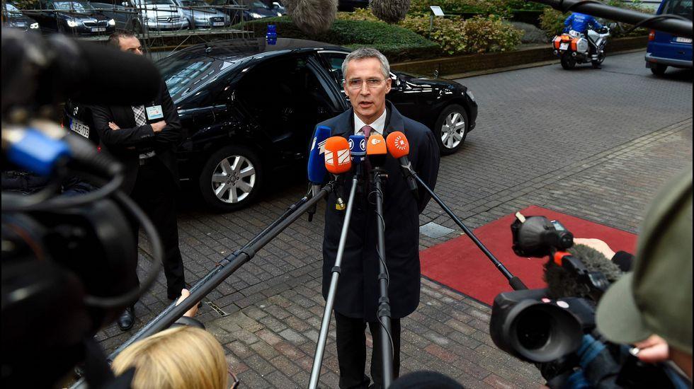 Viñeta Trump.El secretario general de la OTAN, Jens Stoltenberg.