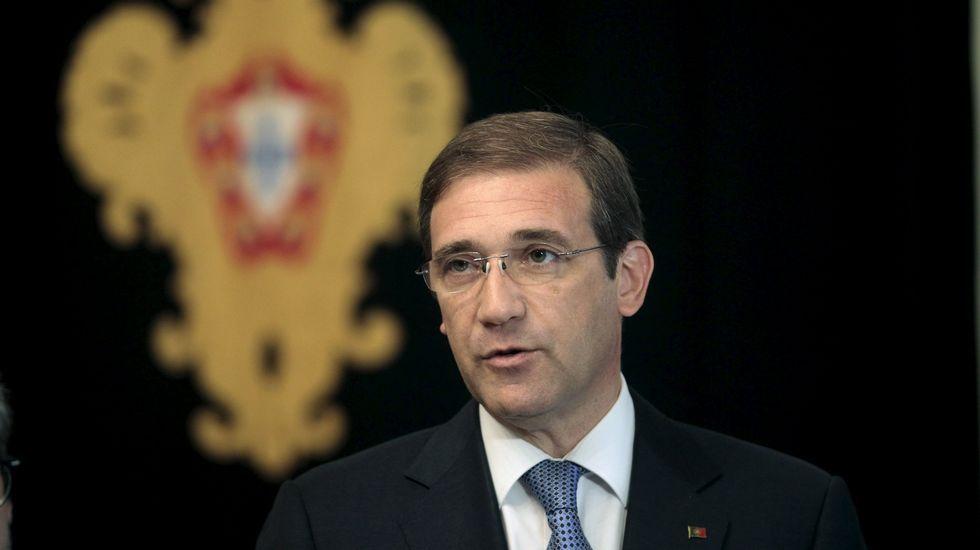 Passos Coelho formará gobierno tras encargárselo Cavaco Silva