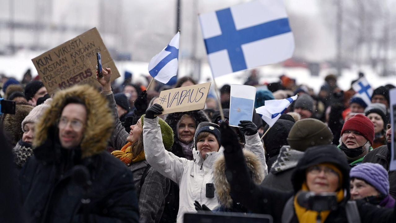 Protesta en Helsinki el pasado fin de semana contra las regulaciones del Gobierno finlandés para combatir la pandemia