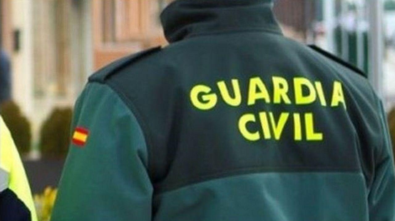 Proyecto Tabacalera Gijón puzle.Los agentes consideran un «jarro de agua fría» la detención del jefe de la Policía Judicial de Algeciras