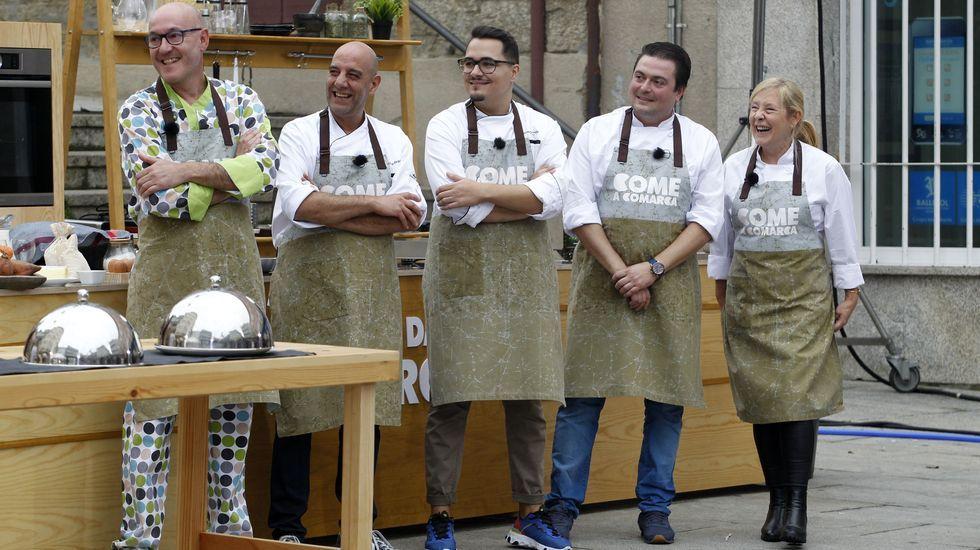 O equipo local, formado por Luis Aguiar, Xacobo García, Fran Prada, Simón Otero, Luis Aguiar y Carmela Rodríguez
