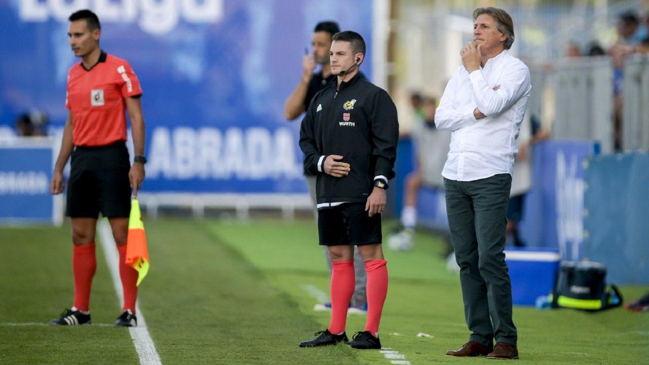 Sergio Egea durante el Fuenlabrada-Real Oviedo