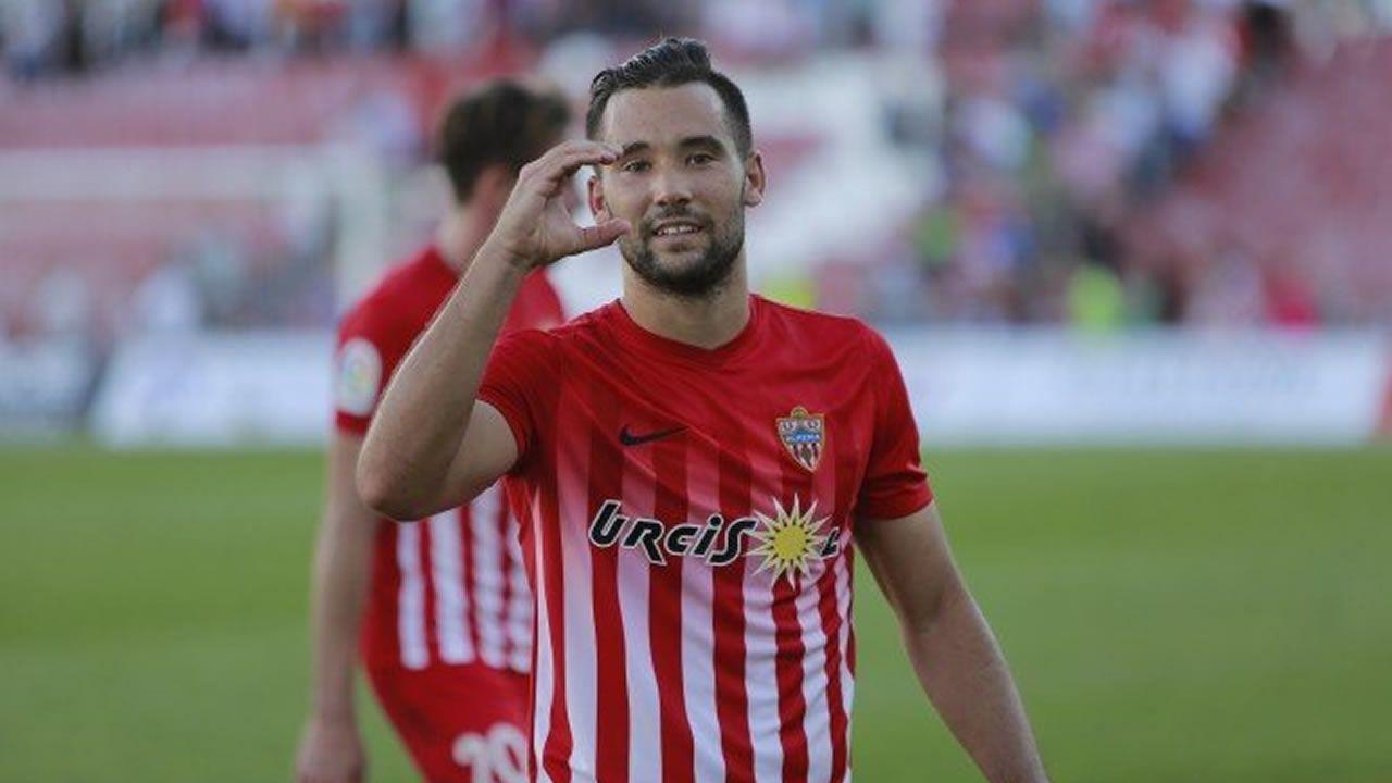 El Almería - Dépor en imágenes.Carlos Fernández marcó el primer gol deportivista del pasado sábado