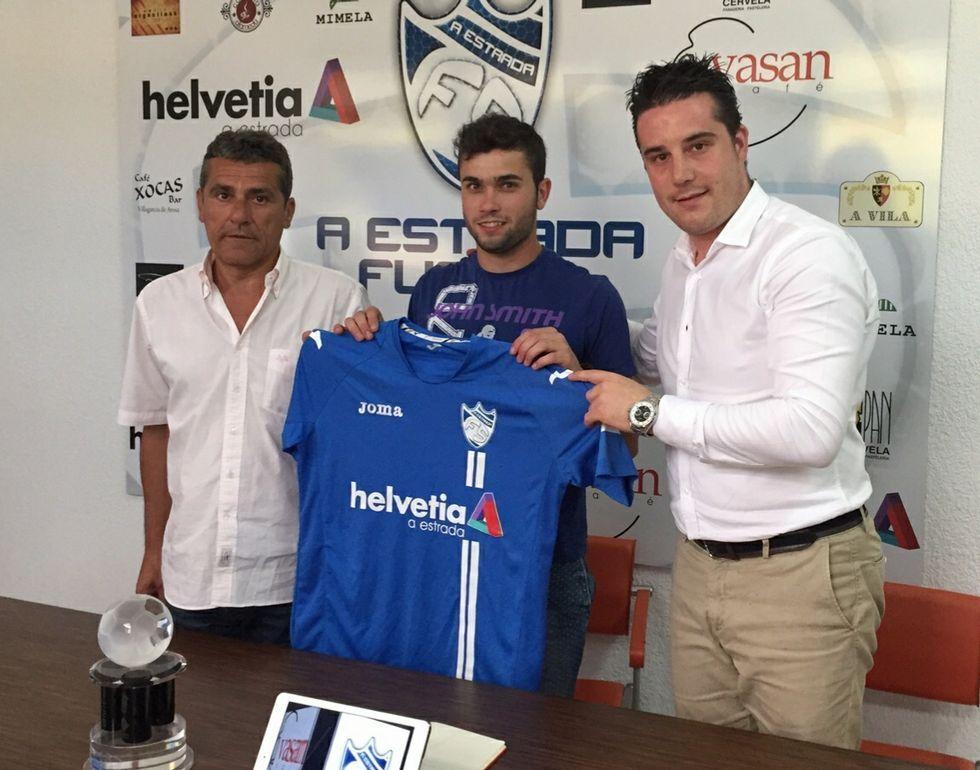 Hugo ?centro?, en su presentación ayer junto a Reboredo y García.