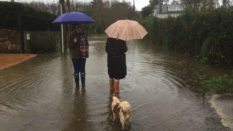 Carretera inundada en Viladesuso, Betanzos
