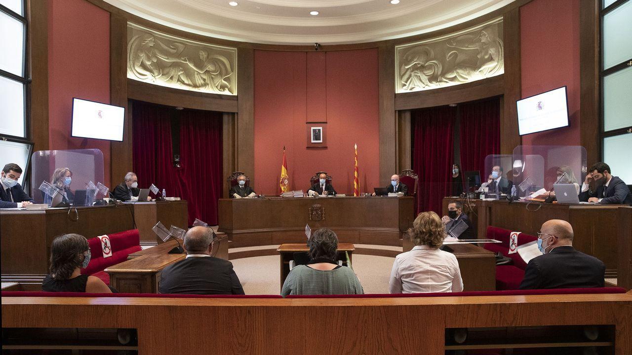 Juicio en el Tribunal Superior de Justicia de Catalunya (TSJC) a los exmiembros de la Mesa del Parlament Anna Simó (ERC), Ramona Barrufet, Lluís Corominas y Lluís Guinó (JxSí), y la exdiputada de la CUP Mireia Boya