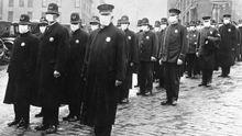 La pandemia de la gripe de 1918 también obligó a tomar medidas para intentar atajar su expansión