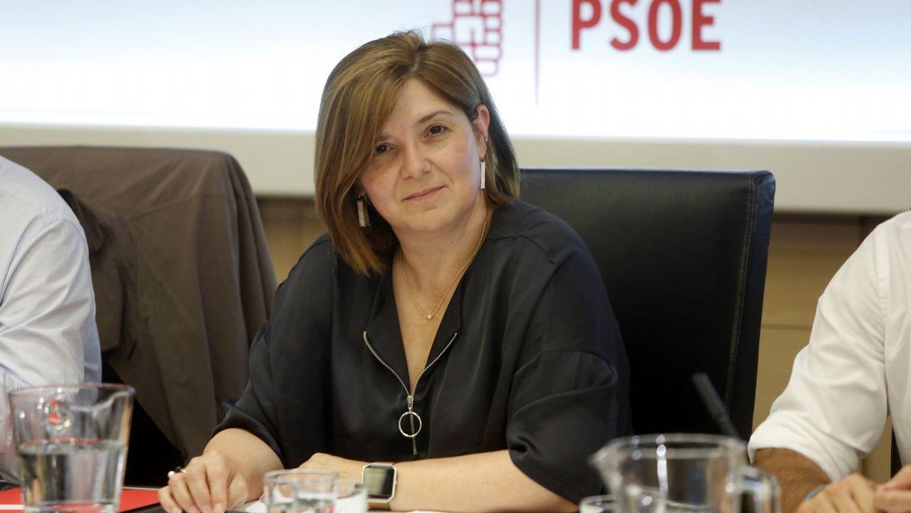 Pilar Cancela, en una reunión en la sede del PSOE