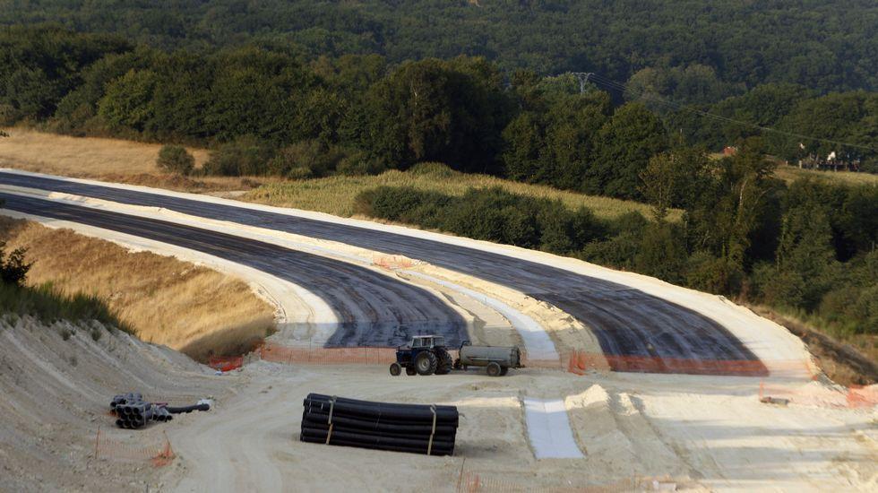 ¡83 minutos para hacer 110 quilómetros!.El proyecto pretende aprovechar al máximo el trazado de la N-120 (en la imagen)