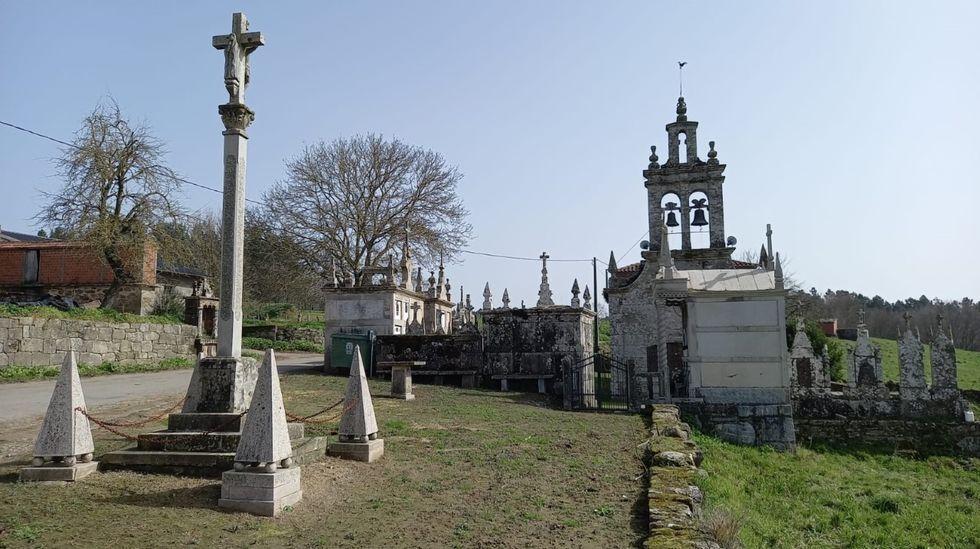 Iglesia de San Xián do Mato, en Chantada, uno de los bienes cuya propiedad se regularizó