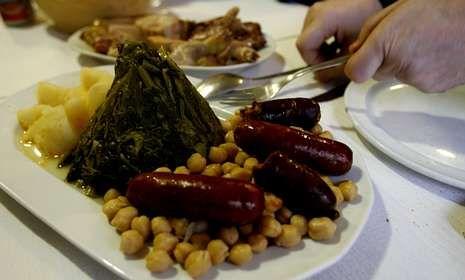 Este año los comensales testarán la calidad del cocido en los restaurantes adscritos.