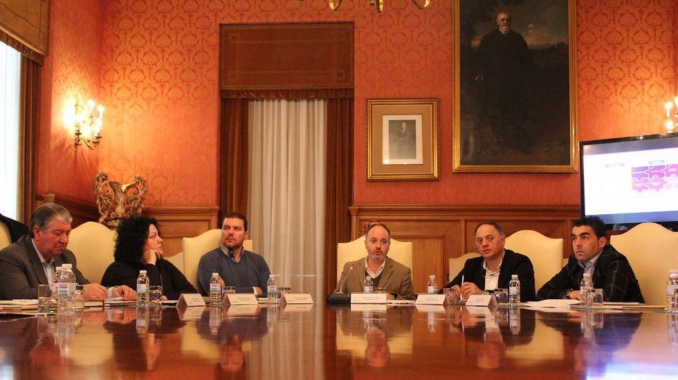 Las imágenes del acto de Pedro Sánchez en Oviedo