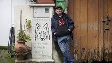 «Sueño con volver a vivir entre lobos»