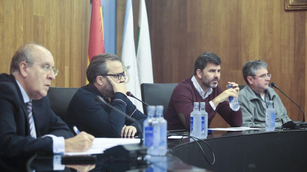 Carril de tren de Arcelor, en Veriña.Junta de gobierno de Cogersa en la aprobación de los presupuestos de 2019