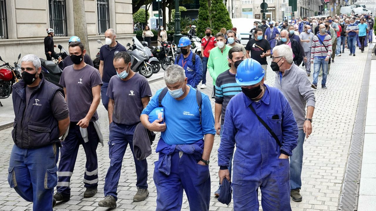 Imagen de archivo de una de las últimas manifestaciones promovidas por el comité de Alcoa en defensa de la fábrica de San Cibrao