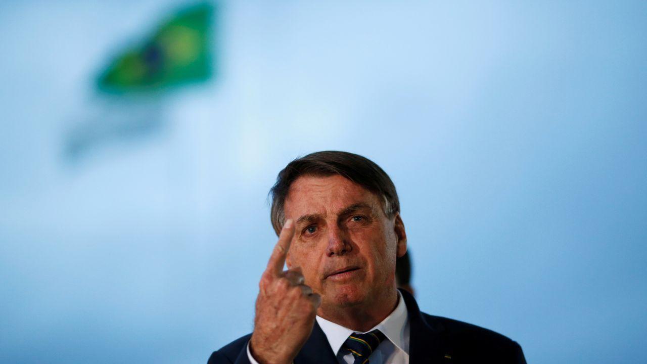 Bolsonaro no valoró las cifras de fallecidos alegando que no es enterrador