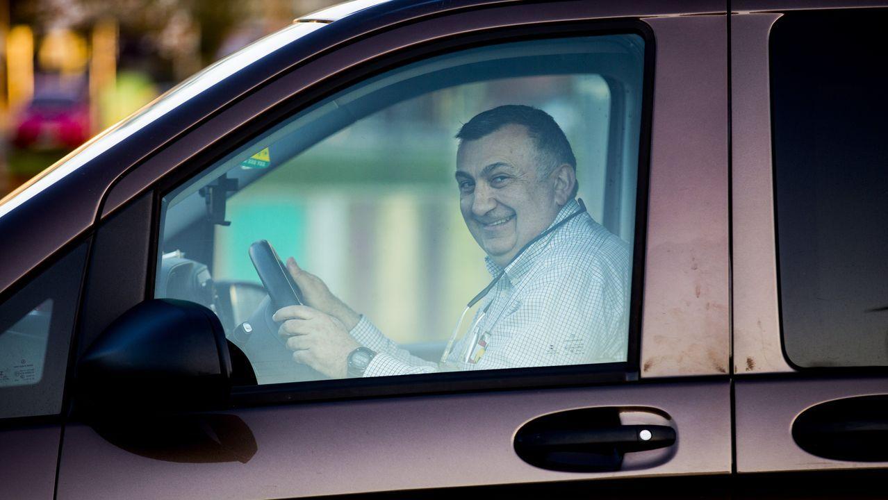 Isidro Rodríguez Ponte, esta semana, durante un desplazamiento para desinfectar.