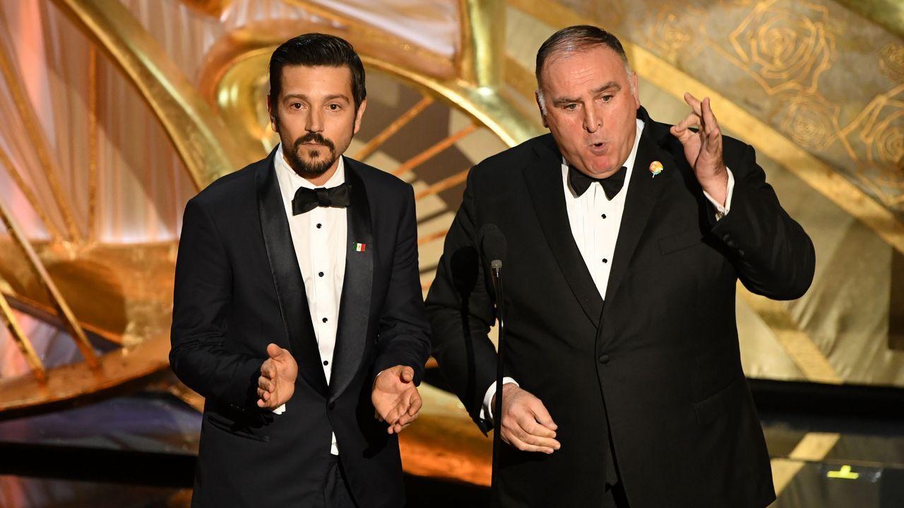 Diego Luna y el chef Jose Andres presentaron la película Roma