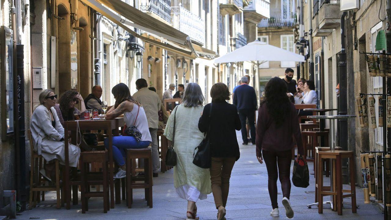 Terrazas en las calles del centro de Lugo