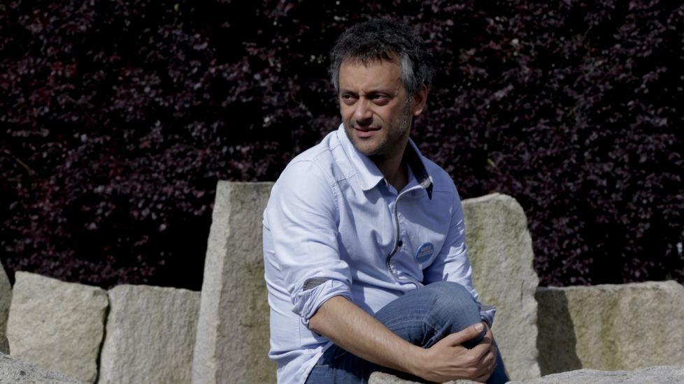 Antonio Martínez Naveira sigue colaborando en distintas investigaciones.