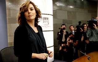 La vicepresidenta, Sáenz de Santamaría, ayer, en la rueda de prensa tras el Consejo de Ministros.