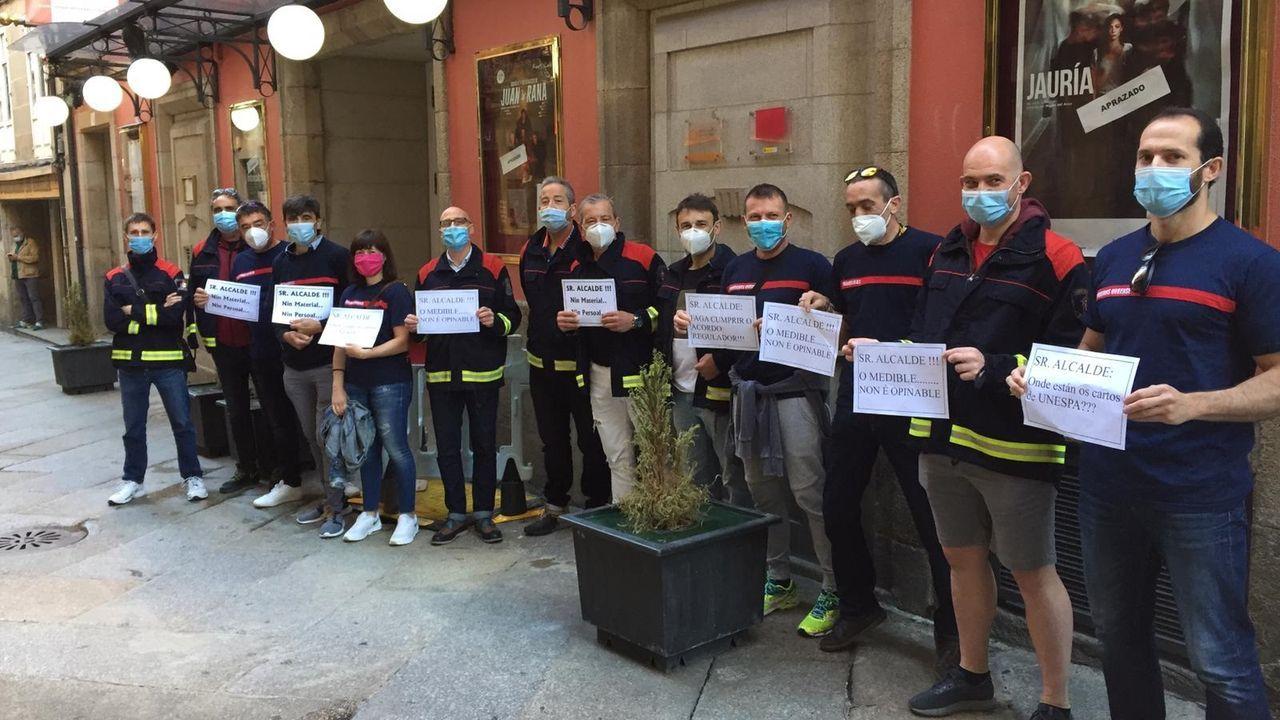 La evolución del Xesteira en siete imágenes.Protesta de los bomberos ante el pleno del Concello de Ourense