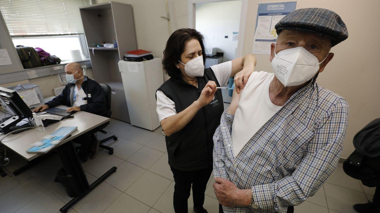 Siguen las vacunas en el centro de salud de Viveiro para los mayores de 80 años.La presentación de la solución tecnológica Xestal se presentó en el Centro Experimental Áncora, en el polígono de Cuíña, en Cervo